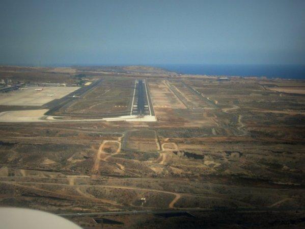 Príchod na letisko Tenerife Sur